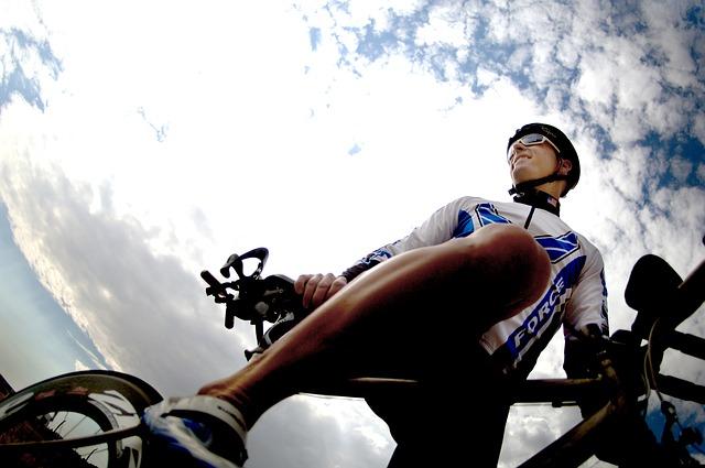 El Día Mundial de la Bicicleta conmemora el viaje que hizo Albert Hofmann en 1943 en bici bajo los efectos del LSD