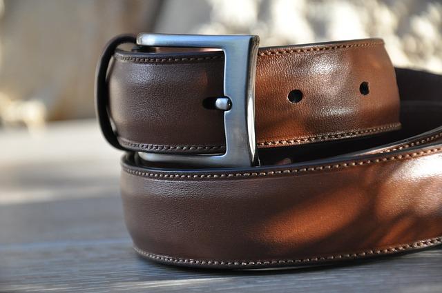 Existen tres tipos de cinturones que no deben faltar en cualquier fondo de armario masculino